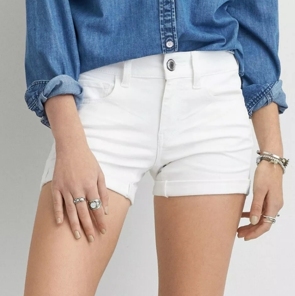 American Eagle Outfitters Pants - AE Midi Low Rise White Shorts Size 18 NEW